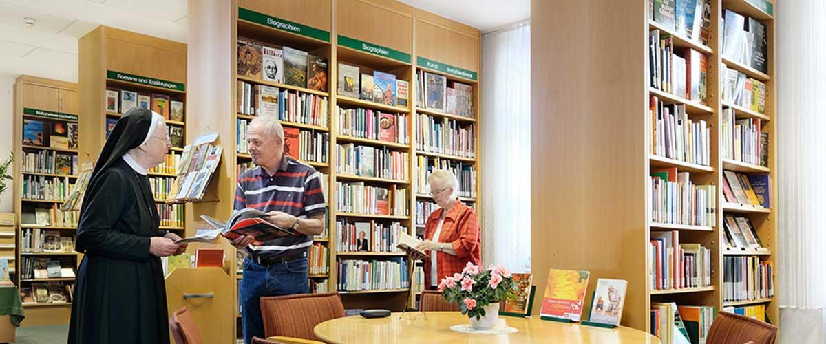 Bücherei   Sankt Gertrauden-Krankenhaus Berlin